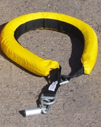 Collar de flotación para pértiga de rescate